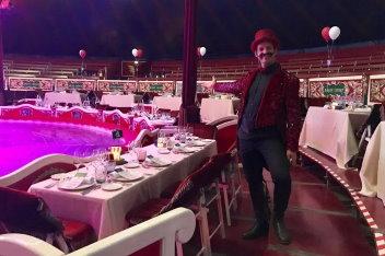 cena espéctaculo en Barcelona. Raluy Dinner Show